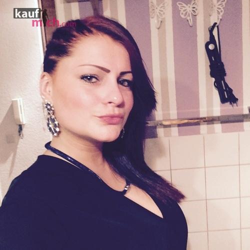 Escort | Klaretta >> ist Weiblich 26 kommt aus Berlin und bietet Abendessen